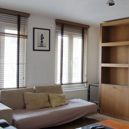 Rent this 1 bed apartment on La Petite Cascade in Rue Royale - Koningsstraat 137, 1000 Ville de Bruxelles - Stad Brussel