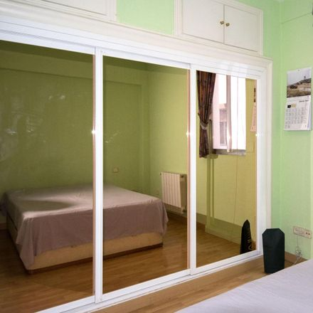 Rent this 3 bed room on Calle San Cayetano in 3 C, 28005 Madrid
