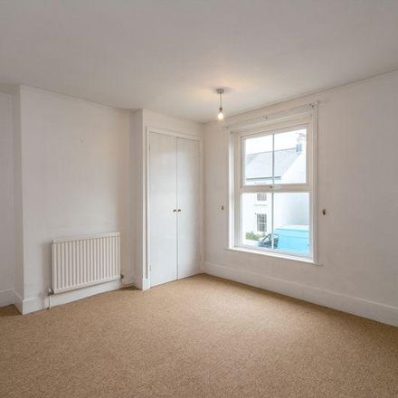 Rent this 2 bed house on Grove Road in Chichester PO19 8AR, United Kingdom