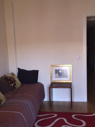 Rent this 4 bed room on Calle San Cayetano in 7, 28005 Madrid