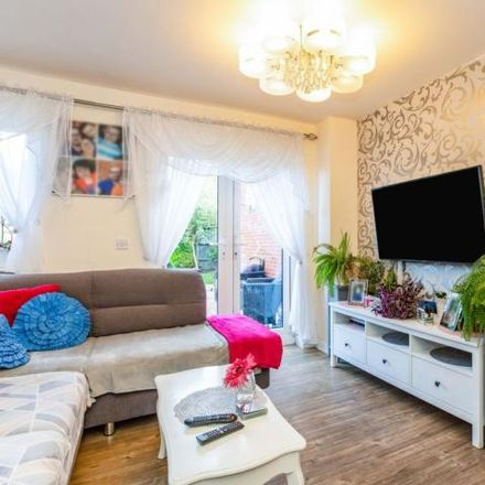 Rent this 3 bed house on Tees Avenue in Rushden, NN10 8LF