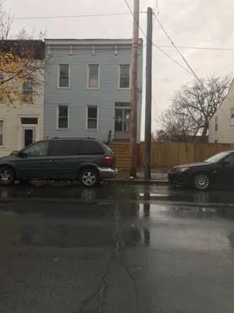 Rent this 0 bed duplex on 1255 Broadway in Albany, NY 12204