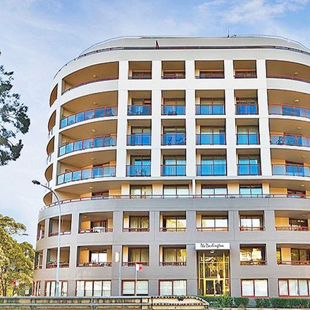 Rent this 2 bed apartment on 152-164 Bulwara Road