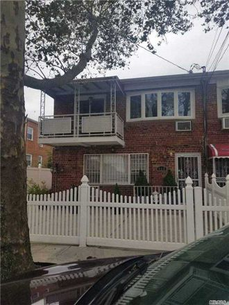 Rent this 5 bed house on East 57th Street in New York, NY 11234