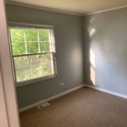 Rent this 3 bed house on 3400 Seine Court in Hazel Crest, IL 60429