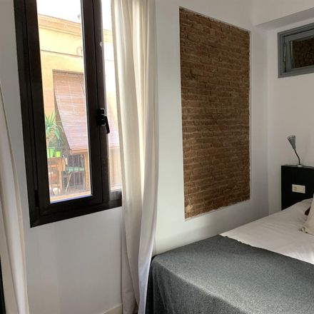 Rent this 1 bed room on Gallo Santo in Carrer del Torrent de l'Olla, 64