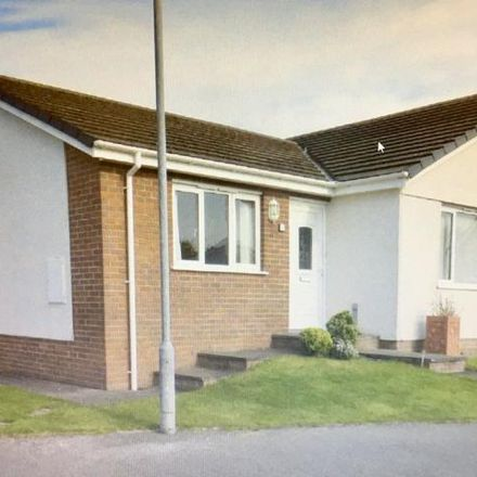 Rent this 2 bed house on Lon Farchog in Tynygongl LL74 8UL, United Kingdom