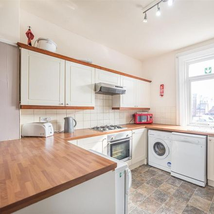 Rent this 5 bed apartment on R&B Salon in 13 Mistletoe Road, Newcastle upon Tyne NE2 2DX