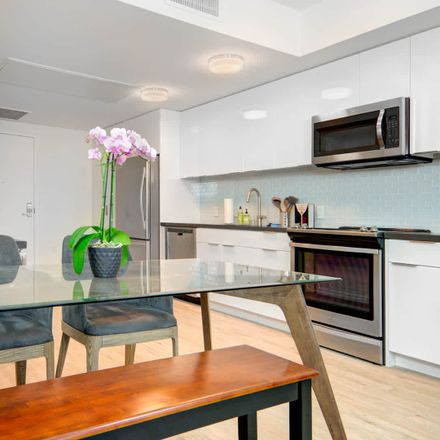 Rent this 2 bed apartment on L Seven in San Francisco, CA 94103