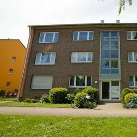 Rent this 3 bed apartment on Fröbelstraße 28 in 40670 Meerbusch, Germany