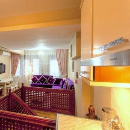 Rent this 2 bed apartment on İstanbul Büyükşehir Belediyesi Kasımpaşa Ek Hizmet Binası in Kurtuluş Deresi Caddesi, 34435 Beyoğlu