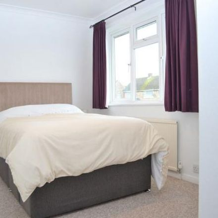Rent this 1 bed room on Birchwood Care Home in Birchwood Road, Shaw RG14 2QE