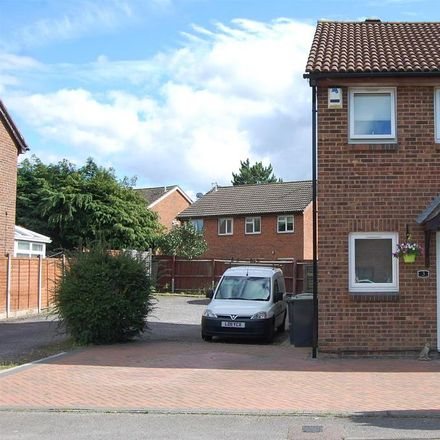 Rent this 2 bed house on Springfield Road in Luton LU3 2HF, United Kingdom