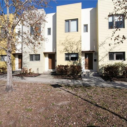 Rent this 2 bed townhouse on 299 7th Street South in Saint Petersburg, FL 33701