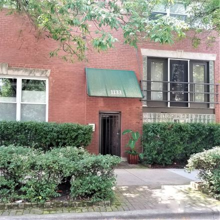 Rent this 3 bed loft on 1133 West Cornelia Avenue in Chicago, IL 60657