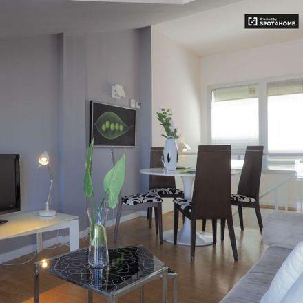 Rent this 4 bed apartment on Calle del Conde de Romanones