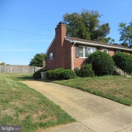 Rent this 3 bed apartment on 107 Falls Avenue in Falls Church, VA 22046