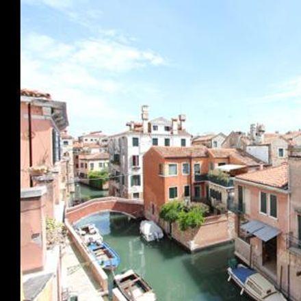 Rent this 2 bed apartment on Venice in Cannaregio, VENETO