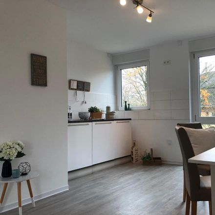 Rent this 2 bed apartment on Mörikestraße 11 in 45128 Essen, Germany