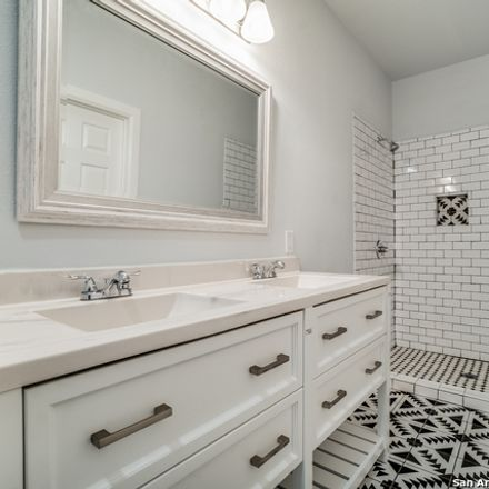 Rent this 3 bed house on 532 Delmar Street in San Antonio, TX 78210