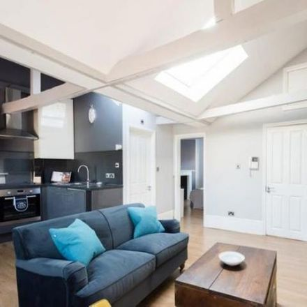 Rent this 1 bed apartment on Cordant People in 44 College Green, Bristol BS1 5SH