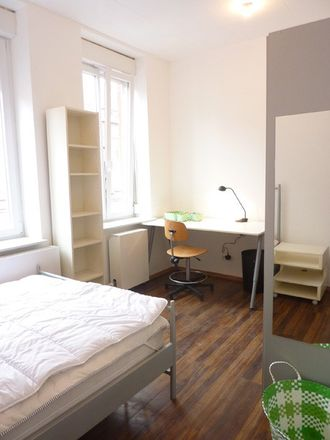 Rent this 2 bed room on Rue Gustave Delory in 59200 Tourcoing, France
