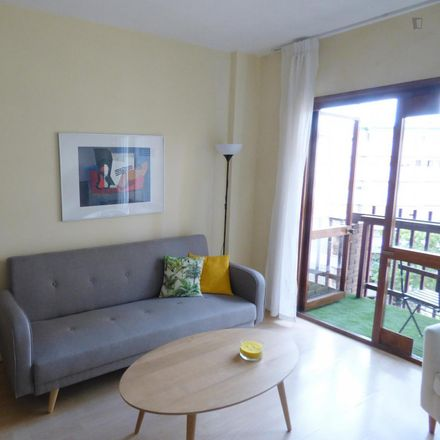 Rent this 1 bed apartment on Trattoria Don Lisander in Calle de la Infanta Mercedes, 92