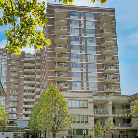 Rent this 2 bed condo on Prairie House in 1515 South Prairie Avenue, Chicago