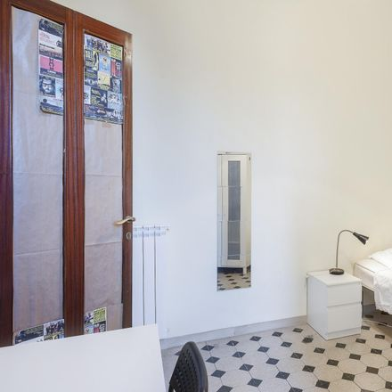 Rent this 6 bed room on M.a.S. in Via dello Statuto, 11