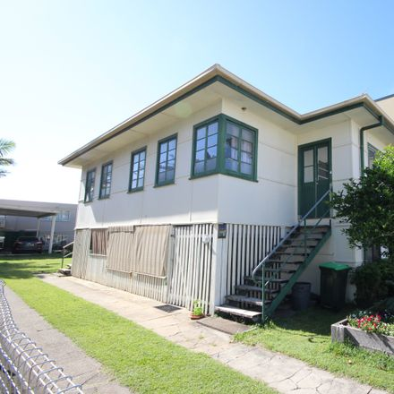 Rent this 4 bed house on 16 Enid Street