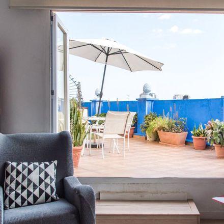 Rent this 3 bed apartment on Avinguda de Giorgeta in 46007 Valencia, Spain