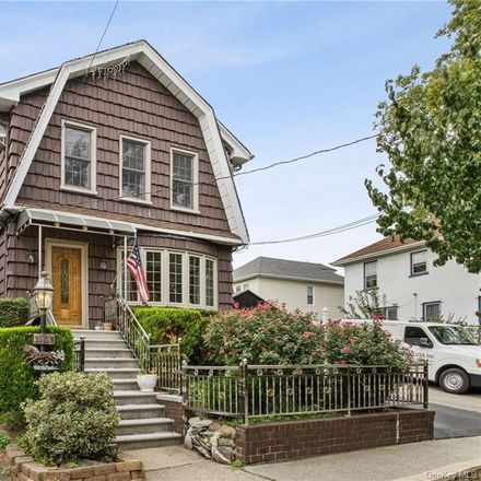 Rent this 3 bed house on 1105 Sackett Avenue in New York, NY 10461