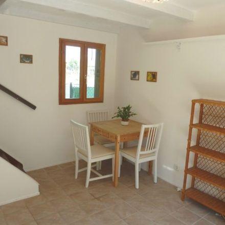 Rent this 2 bed apartment on Waldbachsteig 1 in 1190 Vienna, Austria