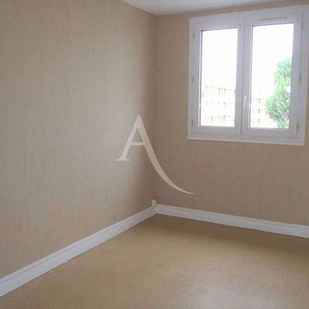 Rent this 2 bed apartment on 3 bis Rue des Petites Cours in 37300 Joué-lès-Tours, France