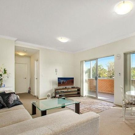 Rent this 2 bed apartment on 61/8-18 Briens Rd