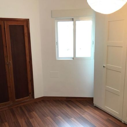 Rent this 2 bed room on Clandestí in Carrer de Blanquerna, 07003 Palma