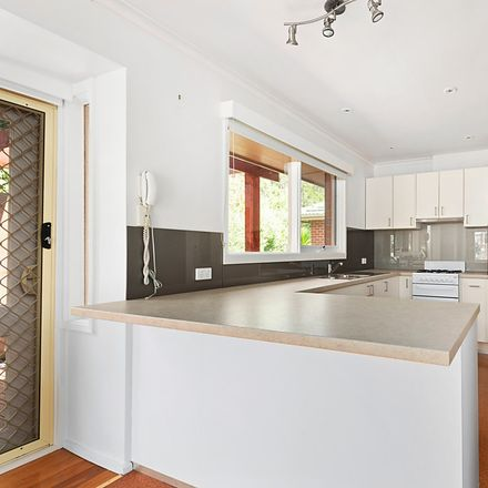 Rent this 4 bed house on 29 Roberts Avenue