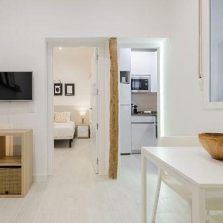 Rent this 3 bed apartment on Calle del Amparo in 93, 28012 Madrid