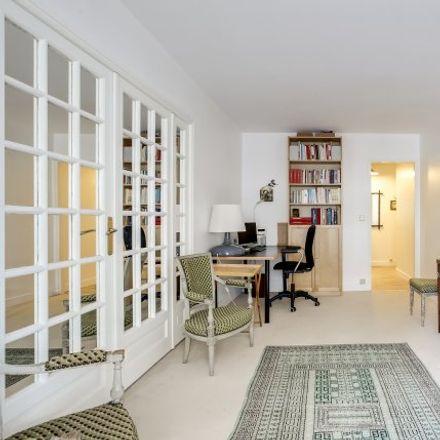Rent this 1 bed apartment on 16 Rue de La Belle Feuille in 92100 Boulogne-Billancourt, France