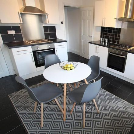 Rent this 1 bed room on Fountain Way in Bradford BD18 2NG, United Kingdom
