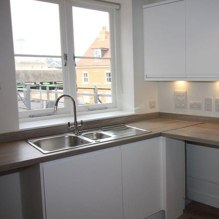 Rent this 2 bed apartment on Rumour in Moulsham Street, Chelmsford CM2 0LG