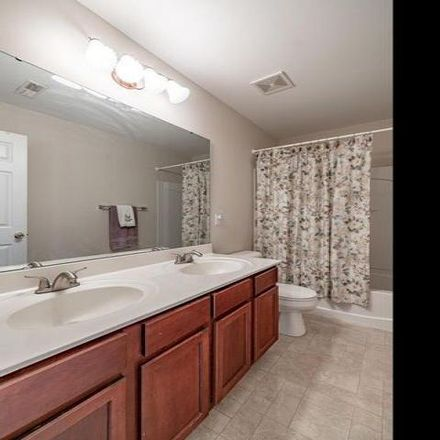 Rent this 2 bed condo on 4851 Heritage Heights Circle in Hazelwood, MO 63042