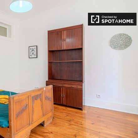 Rent this 5 bed apartment on Pavilhão Desportivo da Ajuda in Calçada da Tapada, 1349-049 Lisbon