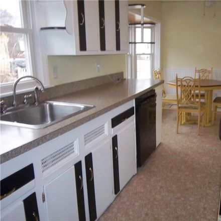 Rent this 3 bed house on 112 Morse Avenue in Groton, CT 06340