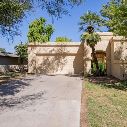Rent this 2 bed townhouse on 8156 East del Cuarzo Drive in Scottsdale, AZ 85258