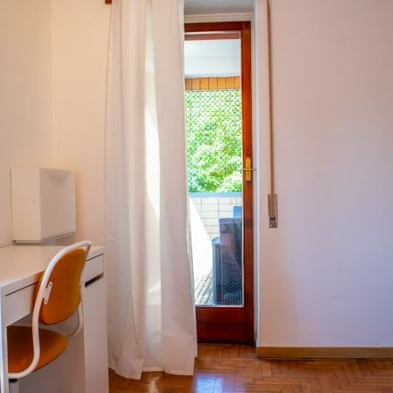 Rent this 5 bed room on Circonvallazione Salaria in 00199 Rome RM, Italy