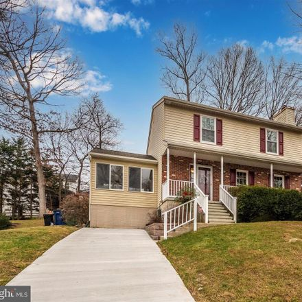 Rent this 3 bed house on 6719 Macbeth Way in Sykesville, MD
