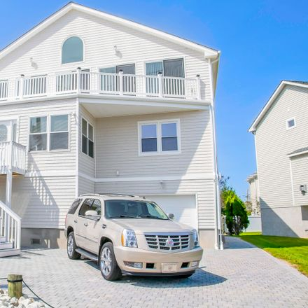 Rent this 5 bed house on 1505 Saint Louis Avenue in Point Pleasant Beach, NJ 08742