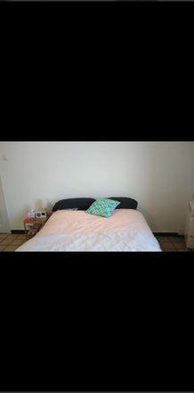 Rent this 3 bed room on Carrer del Paral·lel in 08800 Villanueva y Geltrú, Barcelona