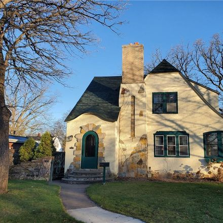 Rent this 3 bed house on 800 Dover Street in Chippewa Falls, WI 54729